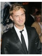 Jude Law at the Sky Captain and the World of Tomorrow Premiere