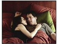 """The Shape of Things"" Movie Still: Rachel Weisz and Paul Rudd"