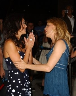 Terry Hatcher and Felicity Huffman