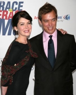 Lara Flynn Boyle and husband Donald