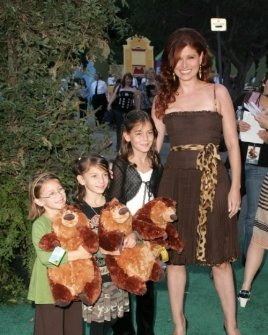 Debra Messing with Daniel Zelman and family