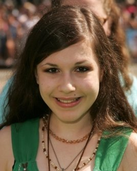 Erin Sanders