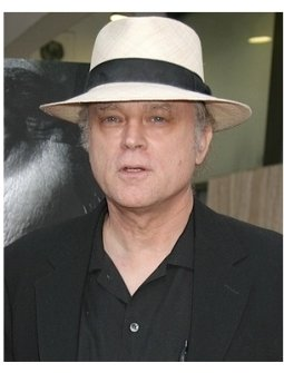 Deadwood Season 3 Premiere Photos:  Brad Dourif