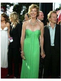Allison Janney at the 2004 Primetime Emmy Awards