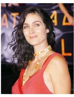 "Carrie-Anne Moss at the ""Collateral"" premiere"