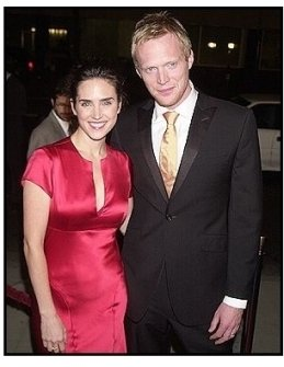 """Paul Bettany and Jennifer Connelly at the """"Master and Commander"""" premiere"""