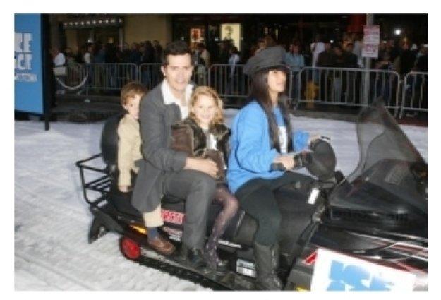 John Leguizamo and family