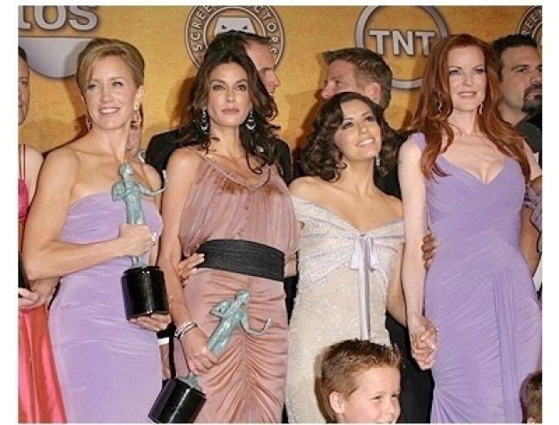2006 SAG Awards Fashion Photo: Felicity Huffman, Teri Hatcher, Eva Longoria and Marcia Cross