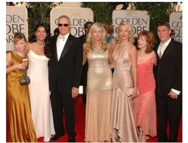 Clint Eastwood and family on the red carpet at the 62nd Golden Globe Awards