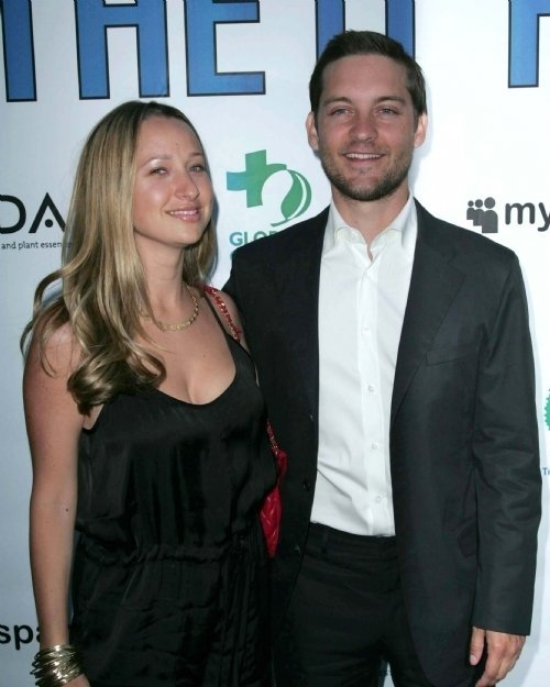 Tobey Maguire and wife Jennifer