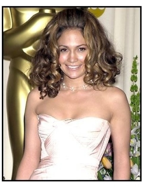 Jennifer Lopez backstage at the 2002 Academy Awards